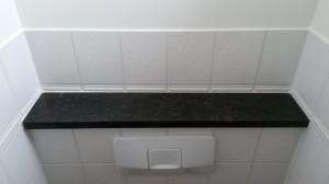 belgisch hardstenen planchet / vensterbankje, donker gezoet